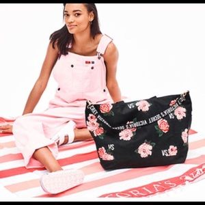Victoria's Secret XL  Tote Band and Blanket